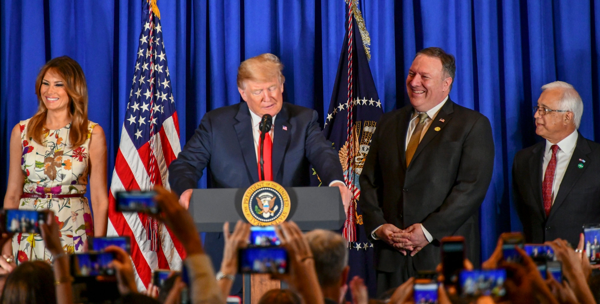 President Donald Trump conducts a meet and greet with the staff and families of US Embassy Buenos Aires along with Secretary Michael R. Pompeo in Argentina, 30 November 2018. [State Department photo]