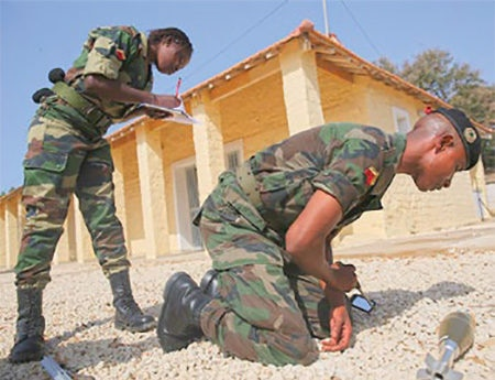 Date: 2019 Description: USAFRICOM provided training in six African countries in 2018, including train-the-trainer tutelage being conducted by this partner-country military instructor. © Photo courtesy of USAFRICOM