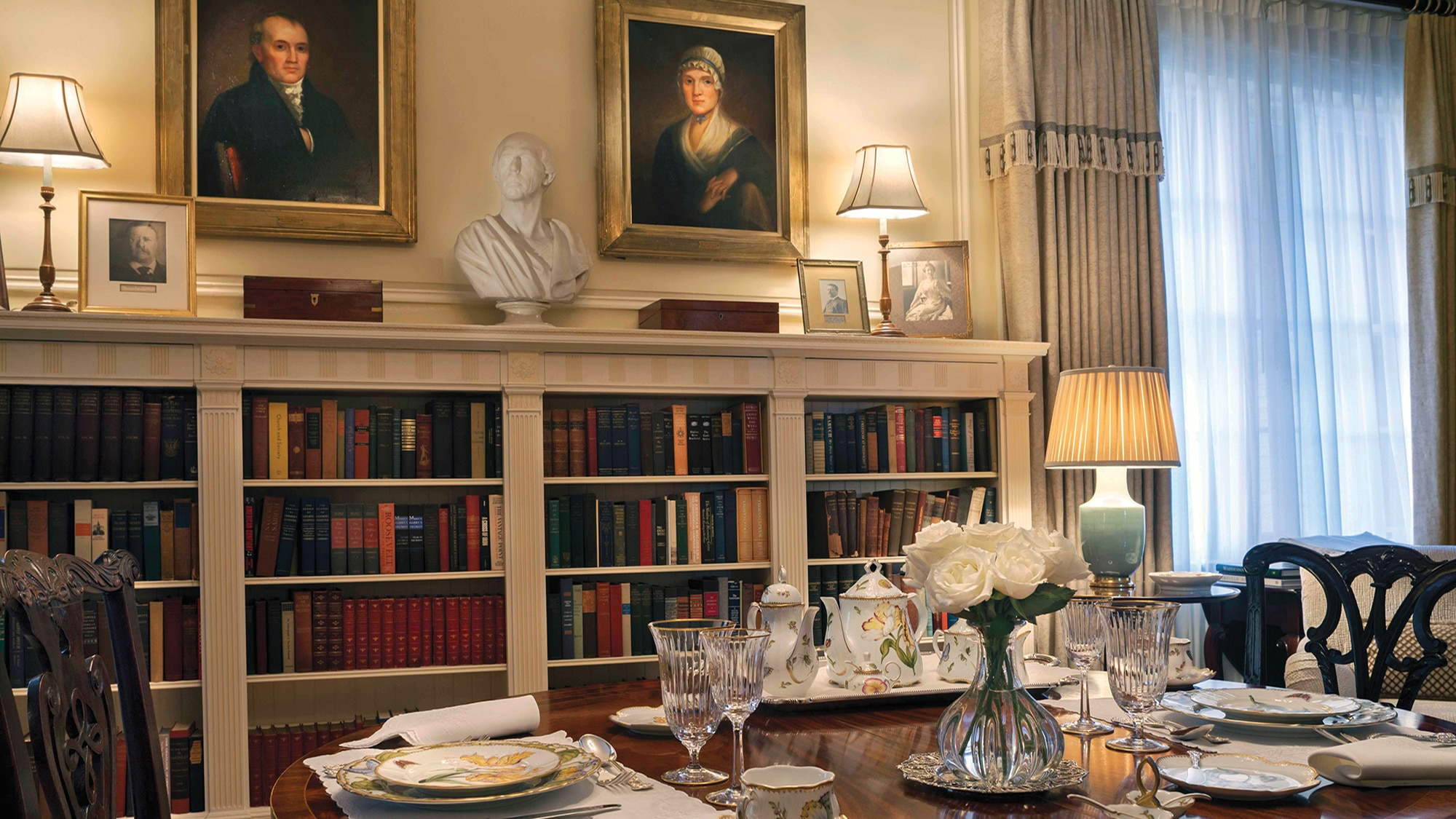 Photo showing the Blair House Library, an elegant room that houses over 1,500 books on the history and culture of the United States and other countries. [Department of State]