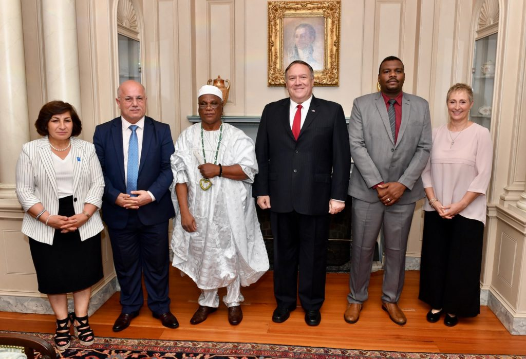 Secretary Pompeo Poses for a Photo With the 2019 International Religious Freedom Award Recipients