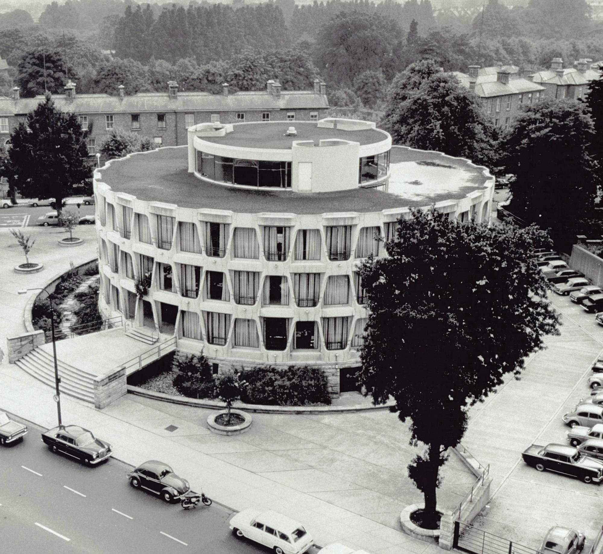 Photo showing U.S. Embassy Dublin, Ireland in the 1950's. [Department of State/OBO]