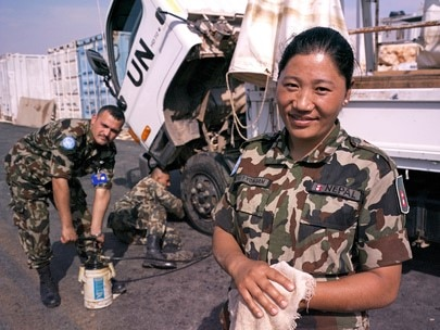 A UN peacekeeper from Nepal serving on the United Nations Interim Force in Lebanon (UNIFIL)(UN Photo)