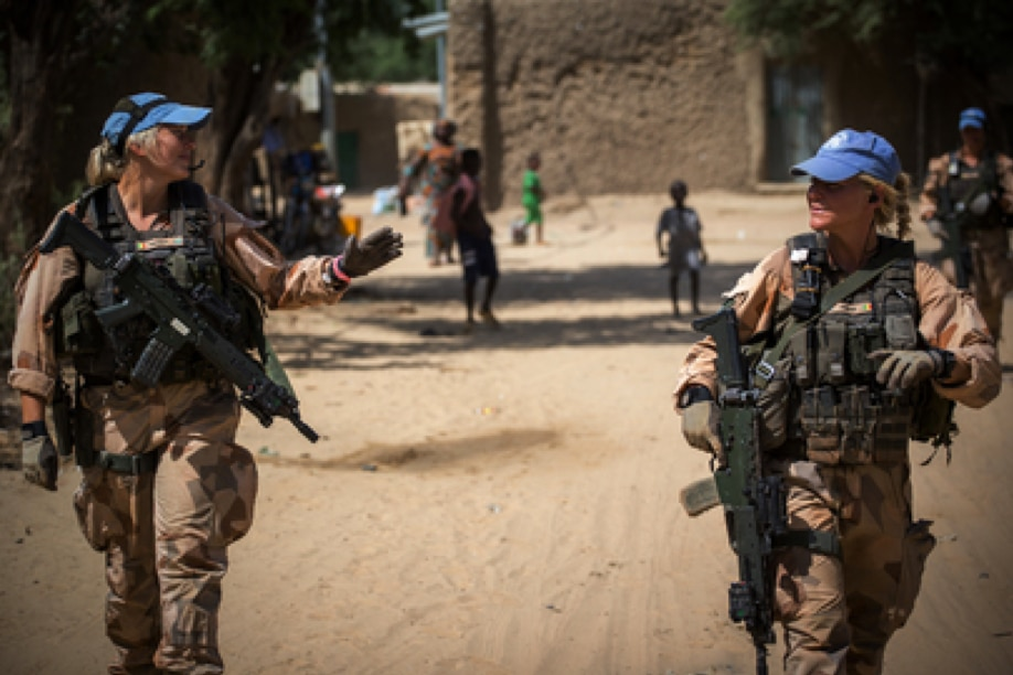 UN peacekeepers from Sweden on patrol in Timbuktu as part of the United Nations Multidimensional Integrated Stabilization Mission in Mali (MINUSMA) (UN Photo)