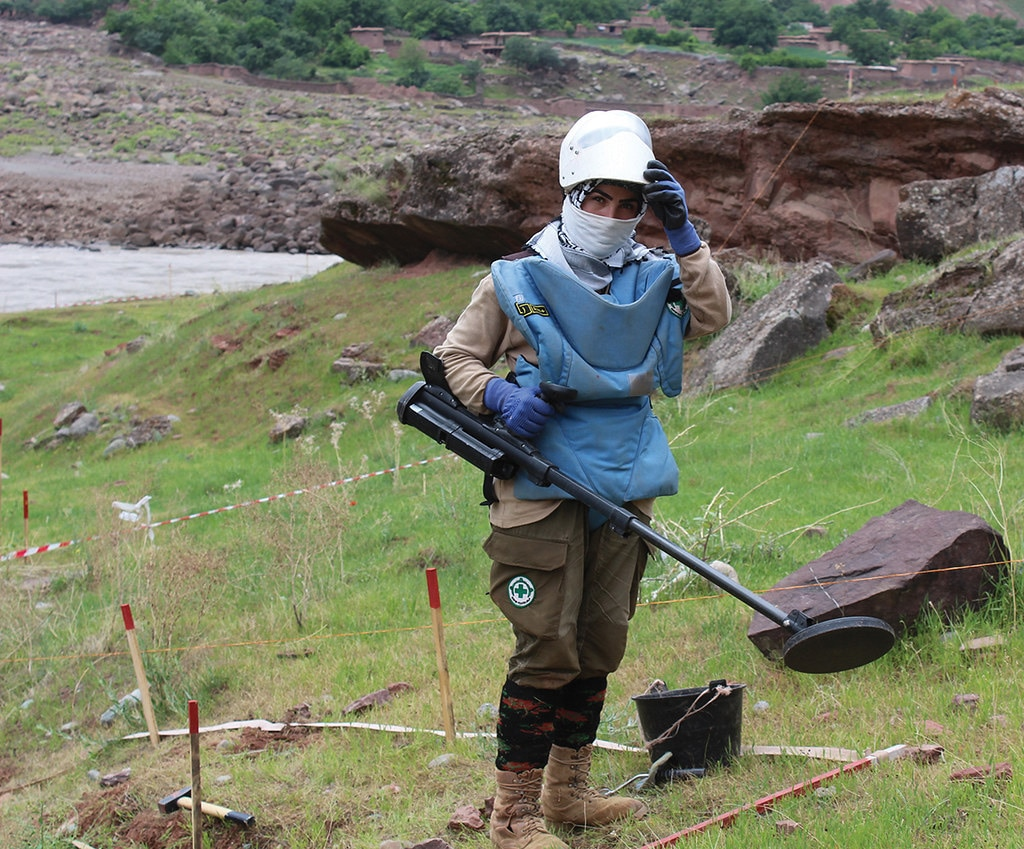 Alamvi conducting demining activities. [Story and photo courtesy of NPA]