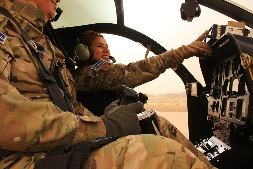 Salvadoran Captain Sandra Hernandez flies her MD-500E helicopter over Mali. (Photo Courtesy of UN Multimedia)